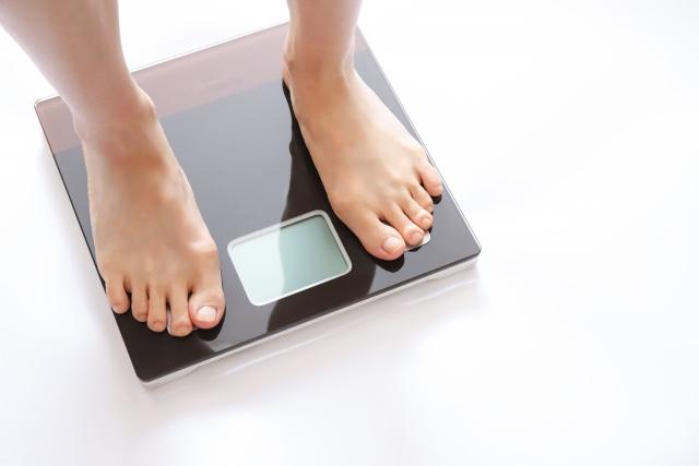 体重測定は定期的に
